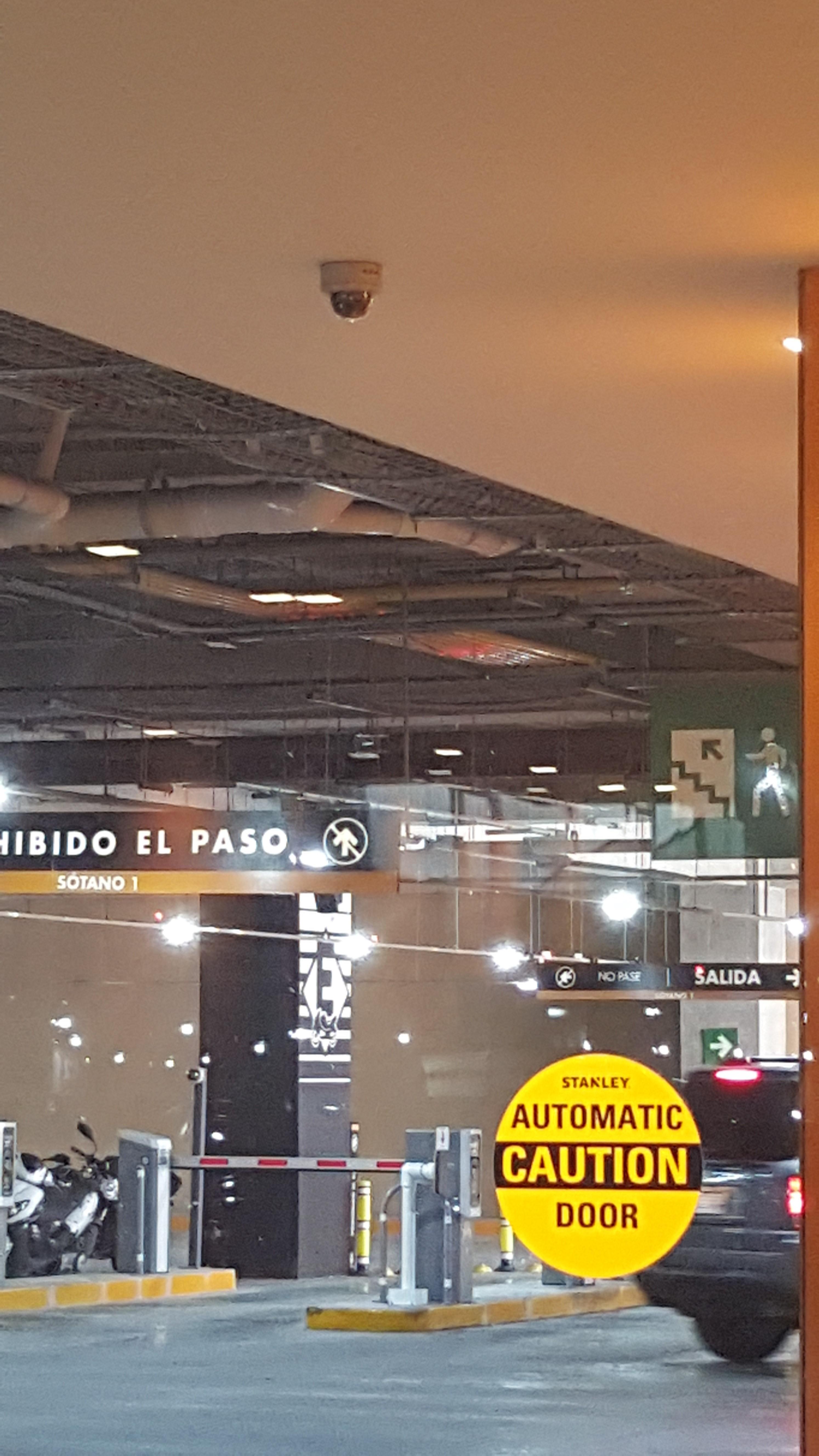 Miyana Shopping Center, Mexico City, Mexico